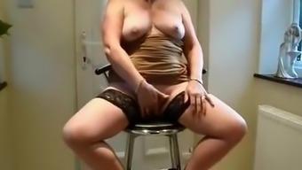 Exotic mature amateur clip