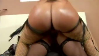 Thick bottomed ebony temptress Pinky fucks Ayana with her fake cock