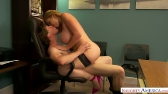 Sara Jay is the ultimate MILF and this woman likes being bossy during sex