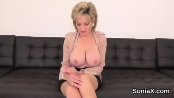 Unfaithful british milf lady sonia exposes her heavy titties