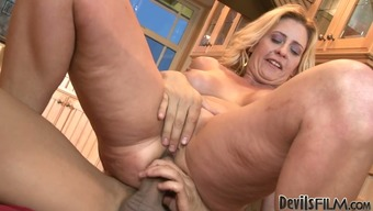 Nasty blonde mature Phyllisha Anne as fucked by Keni Styles