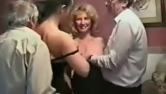 Mature swingers homevideo