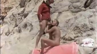 Mona und Lisa - Die sextollen Schwestern - 1979 - Teil 1
