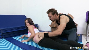 Tight asshole of curvy girl Sierra Sanders fucked by a big cock