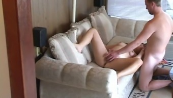 Amateur brunette gets her vag licked and fucked deep in hidden cam clip