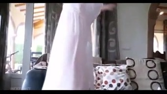 mom downblouse clean the house