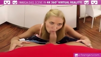 VR PORN-Sexy Blonde Angel Piaff Play With Her Pussy and Cum