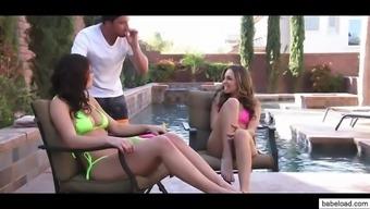 leah gotti & kimmy granger teen threesome
