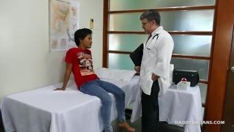 Doctor Daddy Fucks Asian Twink Russel Raw