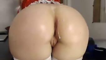 Svenska amateur babe with natural tits sucks and fucks her boyfriend