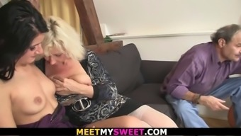 69 with his old mom and riding dad's cock
