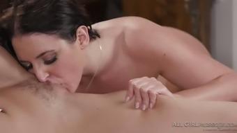 Damn perfect Australian lady Angela White enjoys vaginal massage a lot