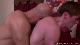 IconMale Daddy Gets Hard from Twinks Advances