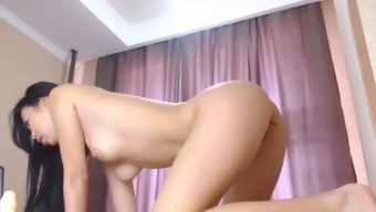 japanese sexy babe orgasm