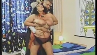 Big breasted granny Laura seduces a man for a sex session