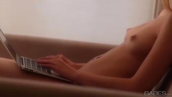 Abigaile johnson porn young girl porno cumshot hardcore milf natural tits