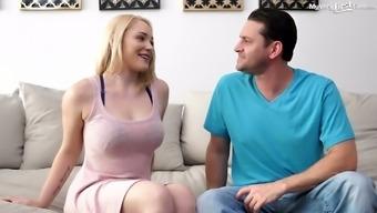 Blondie in sexy bra Hadley Viscara gets her muff rammed hard