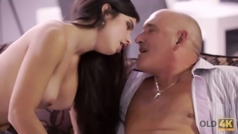 Playful brunette distracted mature dad to fuck her in butt