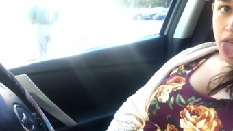 super sexy bbw playing in car