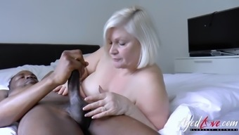 Lacey starr is enjoying huge black dick inside her mature pussy