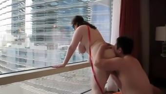 Chinese dude bangs his white chubby gf