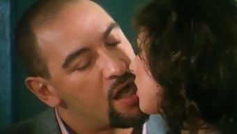 Sarah Young and Roberto Malone - Le Porcone Volanti (1995)