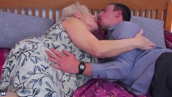 Chubby granny Lana C. loves a good old missionary action