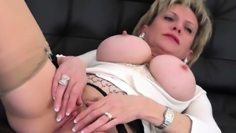 Adulterous british milf lady sonia shows her huge bal49njZ