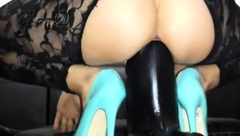 Giant dildo stretches her greedy pussy to the max