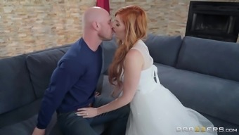 Glamour redhead babe Lauren Phillips gets her pretty face cum covered