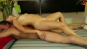 Whorish Asian sex doll Mena Mason pleasures brutal stud with grinding in massage parlor