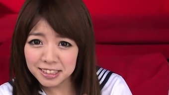 Salacious idol Miyu Aoi in bra is masturbating