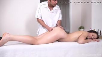 Teenmegaworld trickymasseur doggy sex as massage bonus