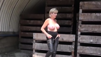 Unfaithful english mature lady sonia displays her mon62SQW