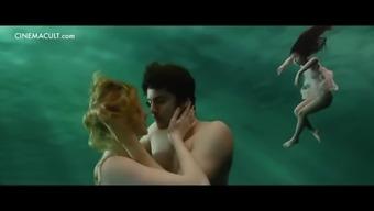 Nude celebrities underwater scenes