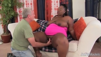 Horny Fat Ebony Daphne Daniels Fucks a White Grandpa
