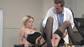 Kissy Kapri in stockings fucked in tight ass by her therapist