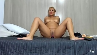 I want you to fuck my gym body aunt