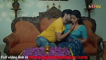Hot Indian wife has an affair with the young neighbor guy