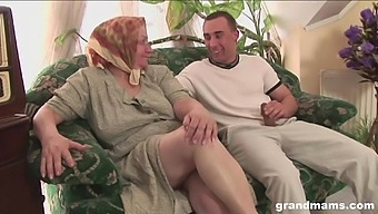 Mature flabby bodied housewife gives quite a sensual solid blowjob
