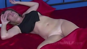Nothing Better Than Stepmom's Waking and Fucking