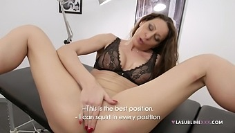 Solo model Martina Gold in sexy lingerie pleasuring her pussy