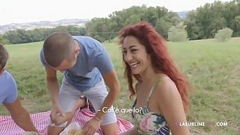 Amateur girlfriends Dana Santo & Valentina Nappi fucked in group sex