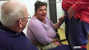 Serbian BBW fucked two grandpas