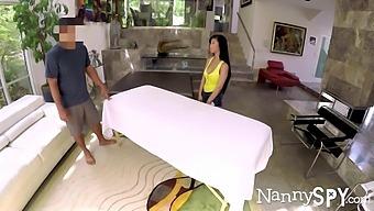 Pretty Asian babysitter Jade Kush gives a tugjob and swallows cock greedily